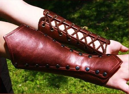 Adult Medieval Battle Warrior Larp Knight Arm Wrist Bandage Leather Armor Bracer Rivet Steampunk Archer Gauntlet Costume For Men 1