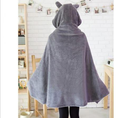 2019 New Cosplay Totoro Lovely Plush Soft Cloak Totoro Cape Cat Cartoon Cloak Coral Fleece Air Blankets Birthday Valentine Gifts 2
