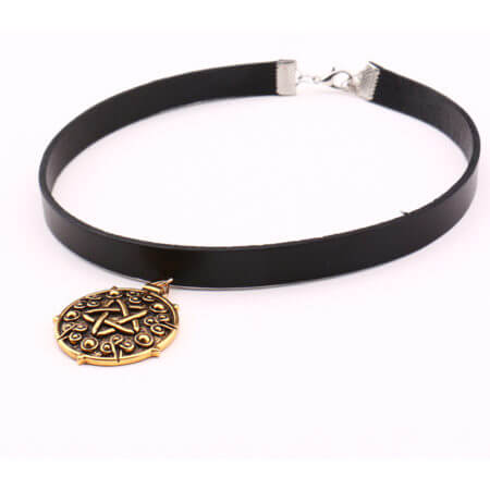 Yennefer Medallion Pendant Black Leather Choker Necklace Wizard 3 Wild Hunt Game Cosplay Gothic Necklace Women Jewelry 3